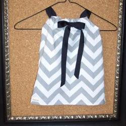 Girl's dress or tunic in grey and white chevron cotton print in 12 month / 1T